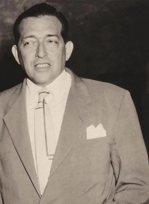 DICCIONARIO DE FARSANTES, el caso del Pedro Estrada...