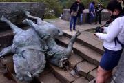 En Colombia derriban monumentos a los conquistadores...