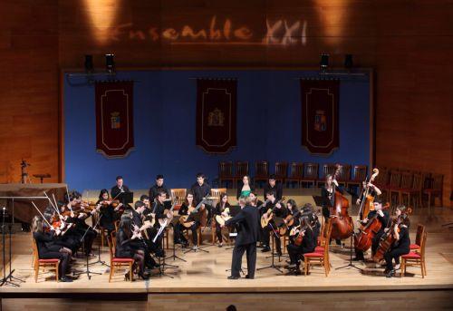 Ensemble XXI con Francesc Llongueres