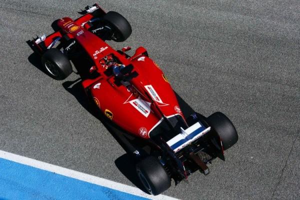 Vettel testing Jerez F1 testing