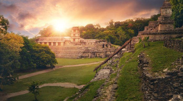 Explora La Zona Arqueológica de Palenque en Chiapas - Enterprise Rent-A-Car  México