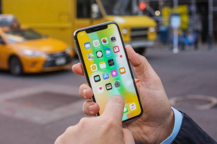 'iPhone Pro' may be the name of upcoming Apple mobile phones