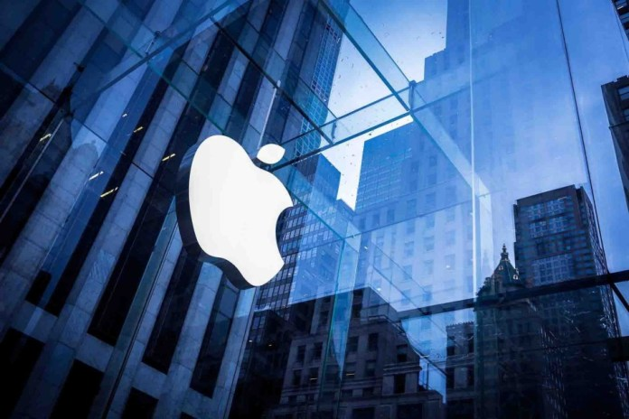 Apple sues former employee for starting company