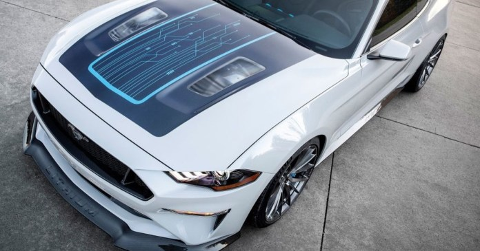Ford Mustang Lithium: All-electric and the big competitor to Tesla cars! (video)