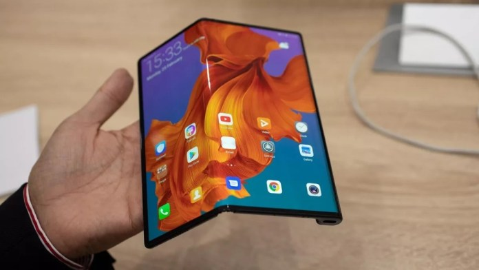 Huawei Mate X: Global Release Not Yet Sure