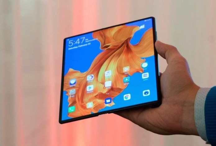 Huawei Mate X (folding smartphone) will have new specifications before launch