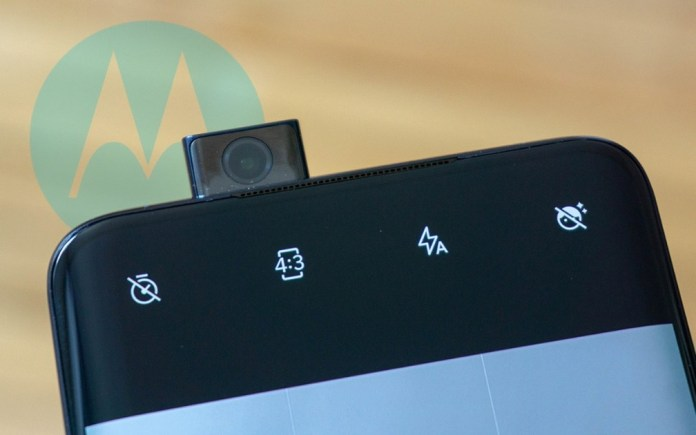 Motorola: Mystery Smartphone Introduces Pop-Up Camera Design in Real Images