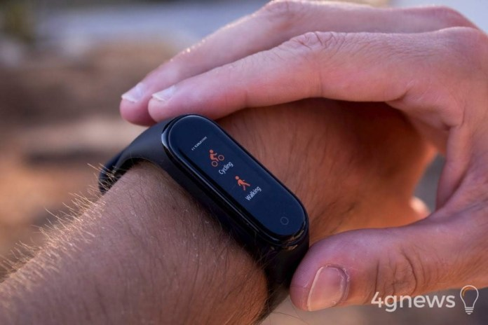 Xiaomi is an isolated leader in the wearables market. Apple falls behind