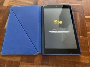 Amazon Fire Hd 8 (7th Generation) With Case
