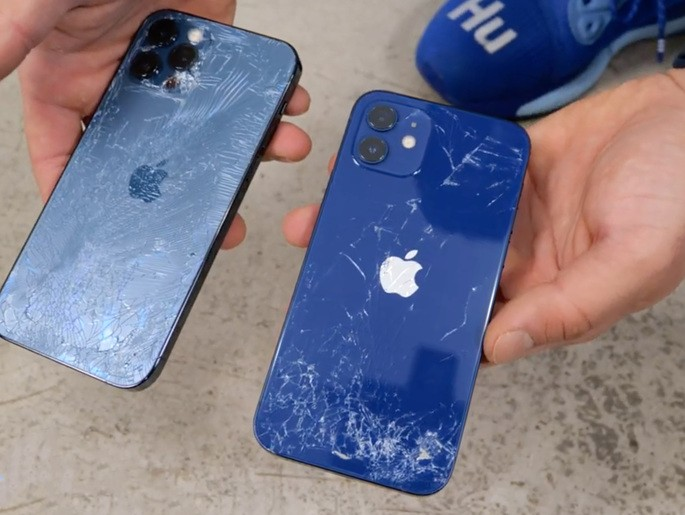 Apple iPhone 12 and iPhone 12 Pro