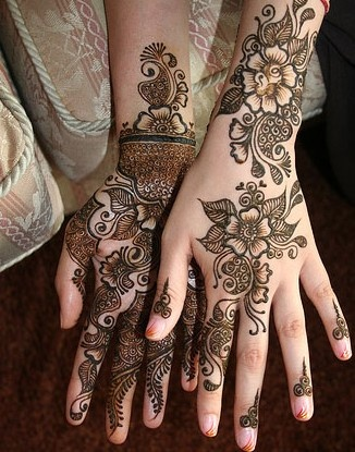 Lattest Mehndi Design For Eid