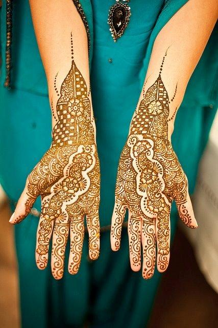 Beautiful Lattest Pakistani Henna For Eid Ul Fitr