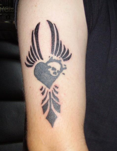 gothic heart tattoo