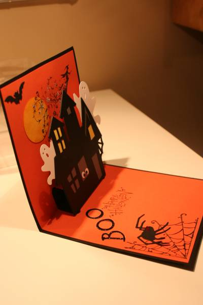 haunted house card craft idea for halloween