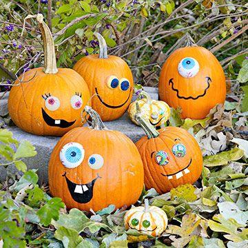 funny-happy-face-pumpkins
