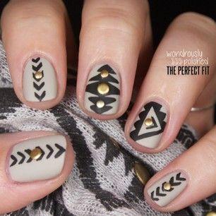 6 stud nail art design