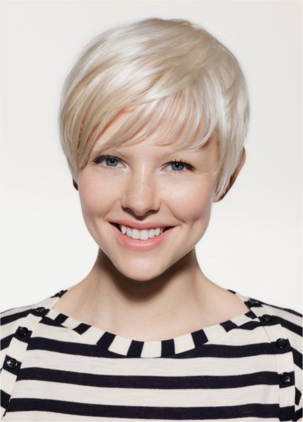 cute short bangs hairstyle
