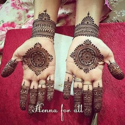 motif henna pattern on front hands and wrists for eid 2018