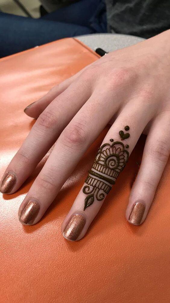 jewelry ring mehndi design on single finger