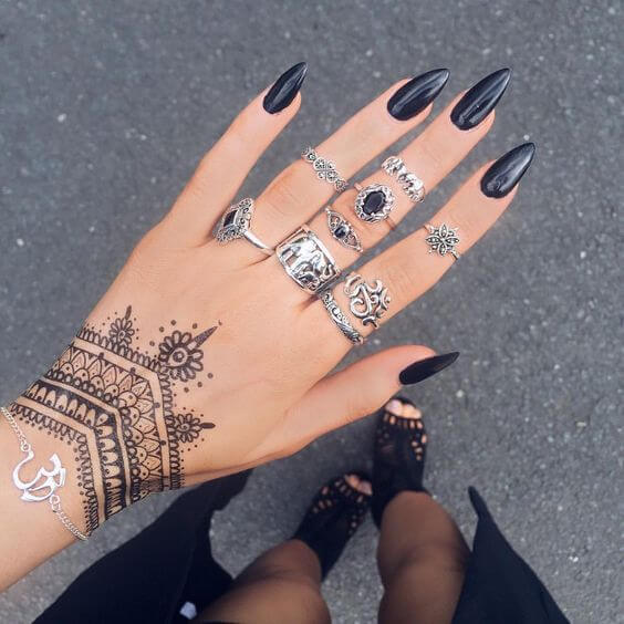 indian jewelry bracelet mehndi design