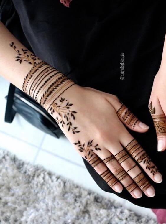 simple leafs bracelet mehndi design