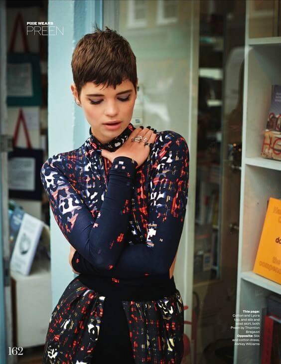 pixie geldof shining outfit with short hair