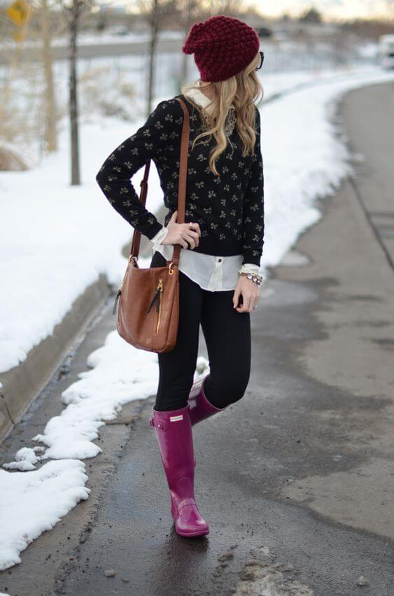 magenta boots with sweater and beanie winter look