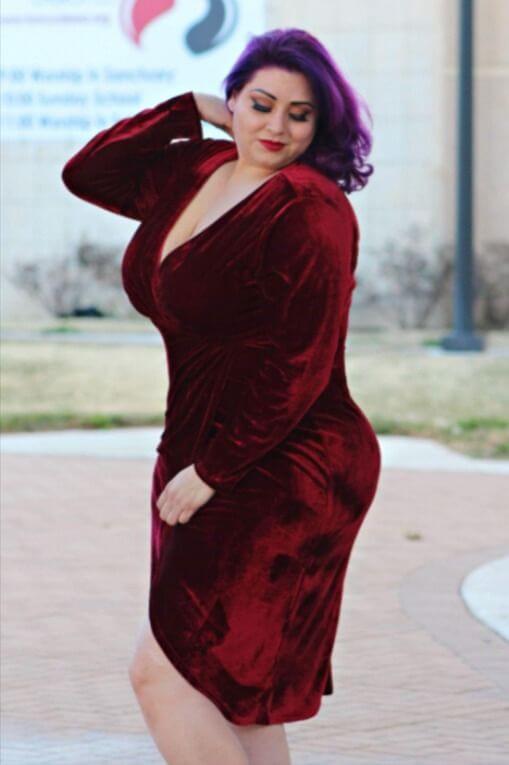 deep v-neck maroon velvet party plus size dress