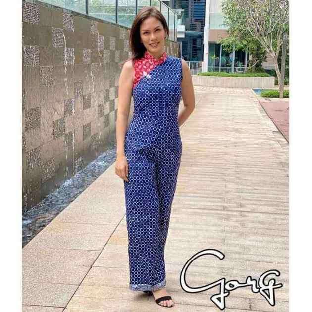 two tone women jumpsuit outfit ideas for chinese new year