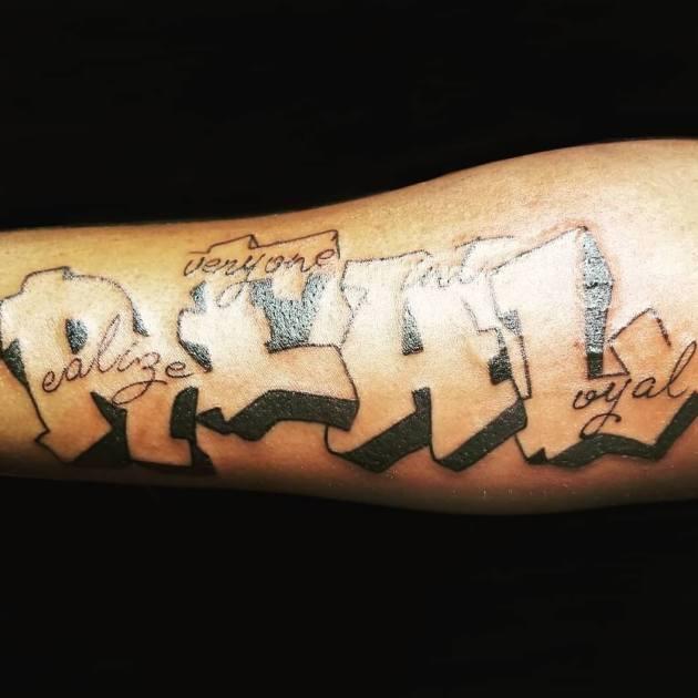 cita de texto en negrita darse cuenta de que todos no son un diseño de tatuaje leal