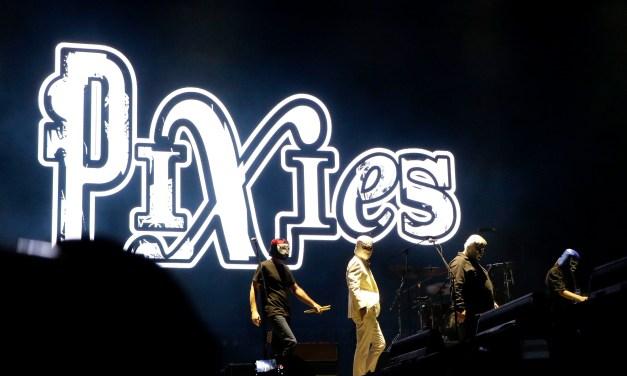 FOTOGALERÍA: Pixies clausura la Semana de las Juventudes