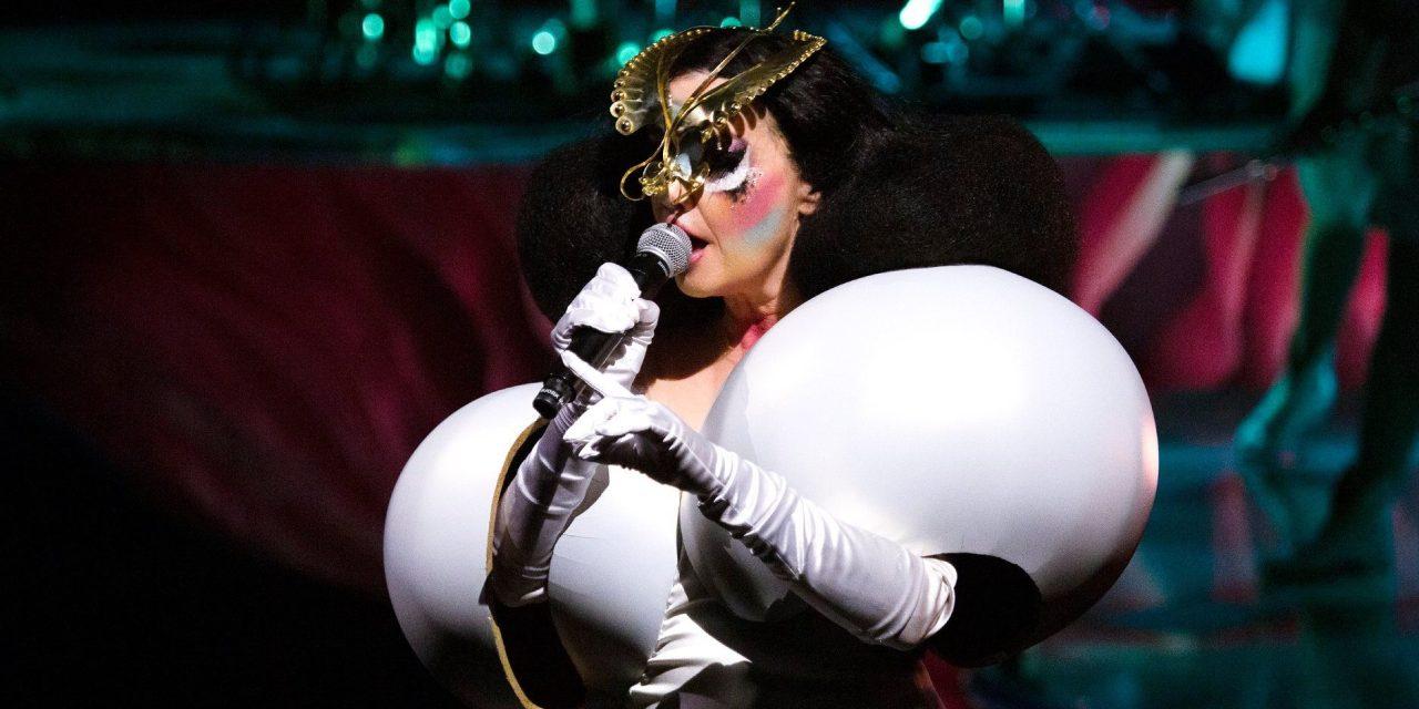 Regresa Björk a México; agrega nueva fecha