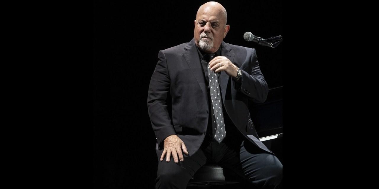 Billy Joel se despide de México con cálido show