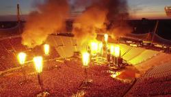 Así se construye el escenario de Rammstein