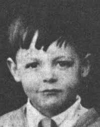 Paul Mccartney childhood photo one at beatlesbible.com