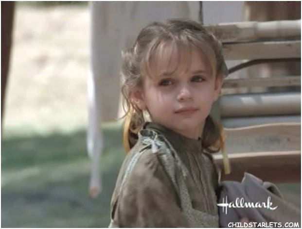 Joey King kindertijd foto een via nexusnewsnetwork.com
