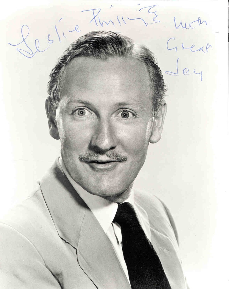 Leslie Phillips photos plus jeunes un à Pinterest.com