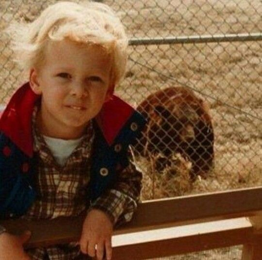 Ryan Tedder kindertijd foto een via pinterest.com