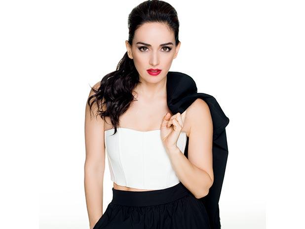 Ana de la Reguera Foto più giovanidue al sharpmagazine.com