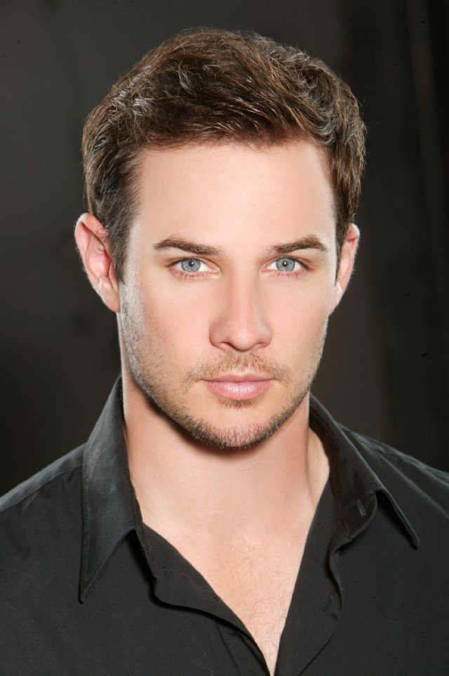 Ryan Merriman - the cool, handsome, attractive,  actor  with German, Irish, Scottish, English,  roots in 2018