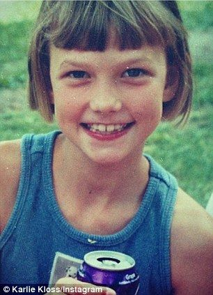 Karlie Kloss kindertijd foto een via Pinterest.com