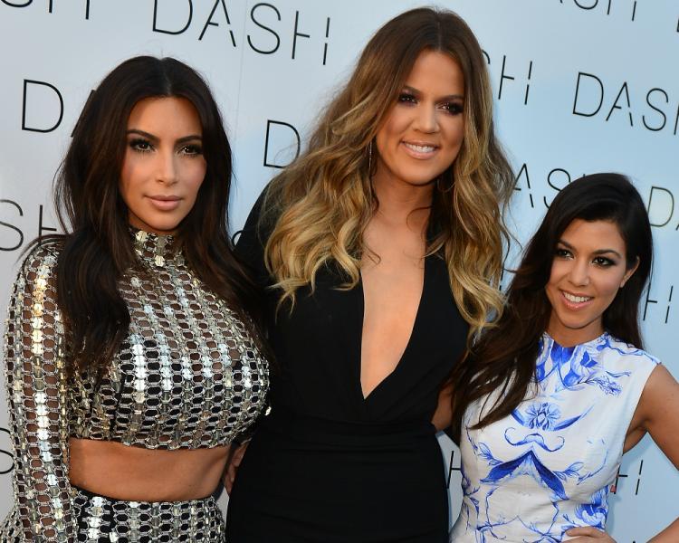 Kim kardashain, khloe Kardashian and Kourtney Kardashian on the red carpet