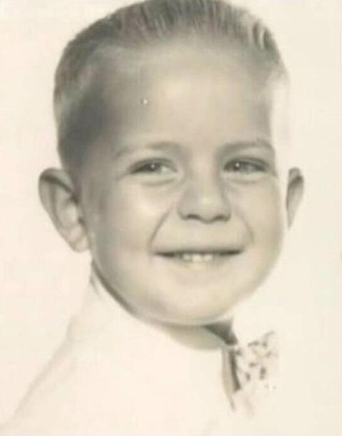 Bruce Willis childhood photo two at pinterest.com