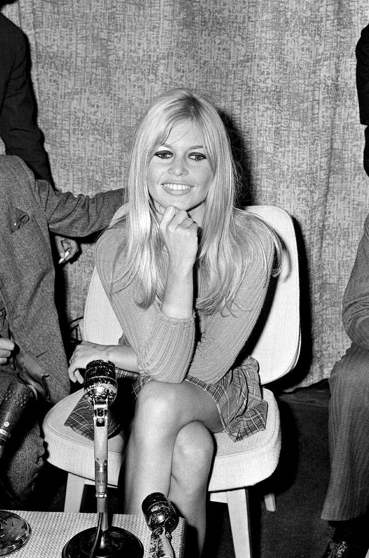 Brigitte Bardot , foto mais antiga um em