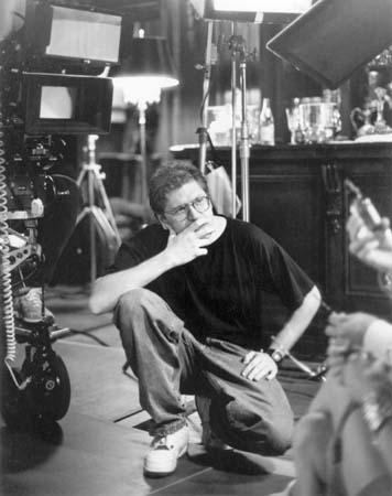 Robert Zemeckis jüngeres Foto eins bei Britannica.com