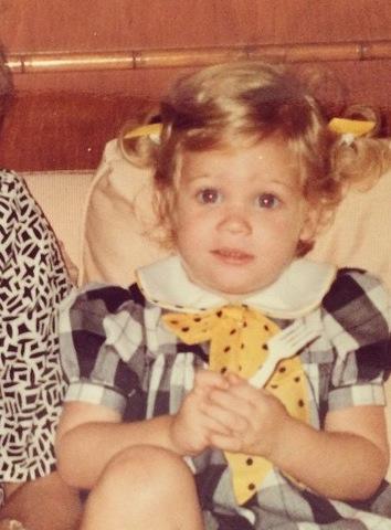 Brittany Snow kindertijd foto een via Pinterest.com