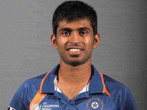 Abhishek Nayar - o jogador de críquete a celebridade adorável, talentosa, apaixonada, calma, de origem indiana em 2020