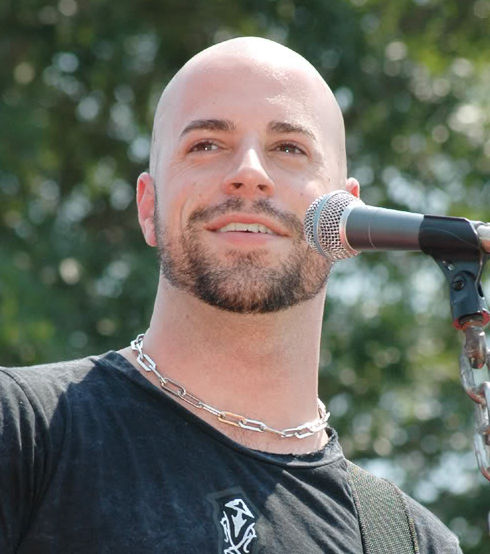 Chris Daughtry younger photo three at coolmenshair.com