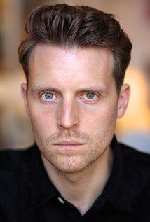 Chris Harper - o ator a celebridade misteriosa, boa, talentosa, de origem britânica em 2020