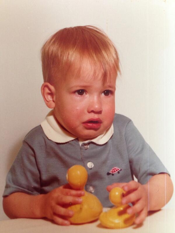 Daniel Tosh, foto de infância um em twitter.com